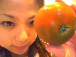黒いトマト